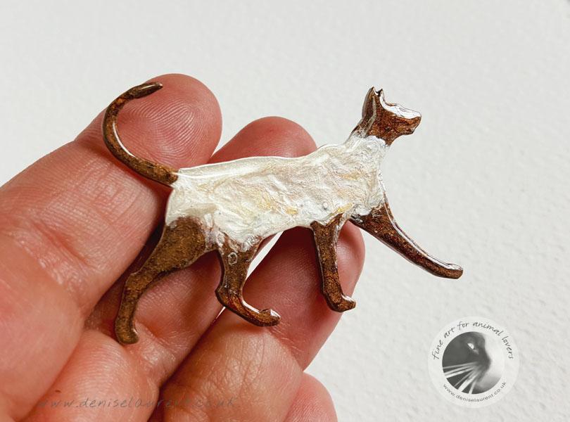 Walking Siamese Cat Brooch – Sold